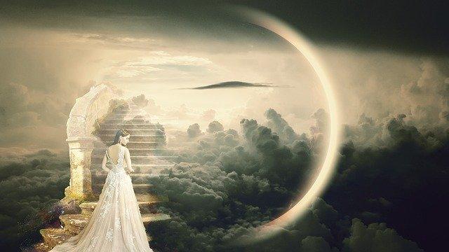 天国の階段と女性